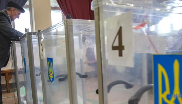Третина кандидатів у президенти ведуть
