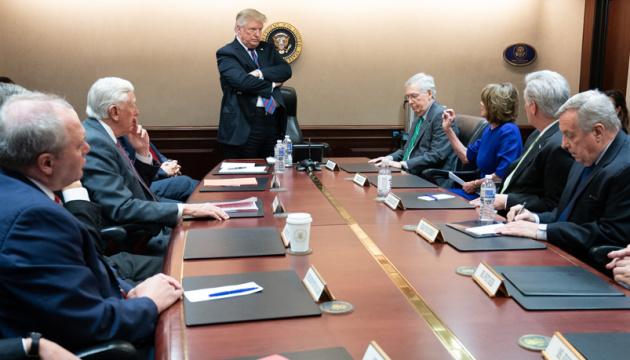 Трамп приказал расследовать план Парижа по налогообложению Google и Facebook
