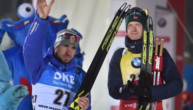Норвежец Йоханнес Бё впервые в сезоне проиграл спринт на этапах Кубка мира по биатлону
