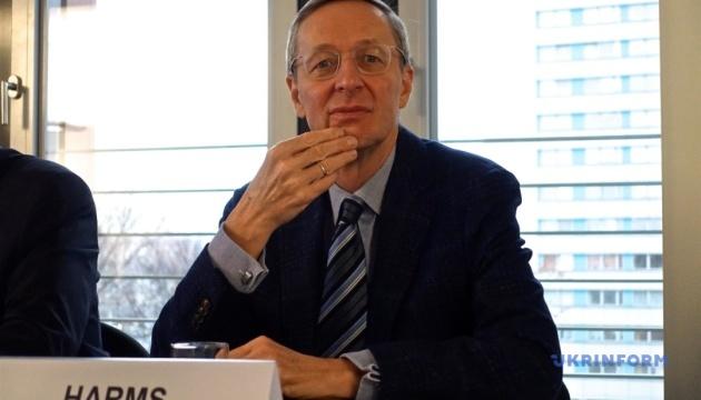 Немецкий бизнес заинтересован в сохранении транзита газа через Украину - Михаэль Хармс