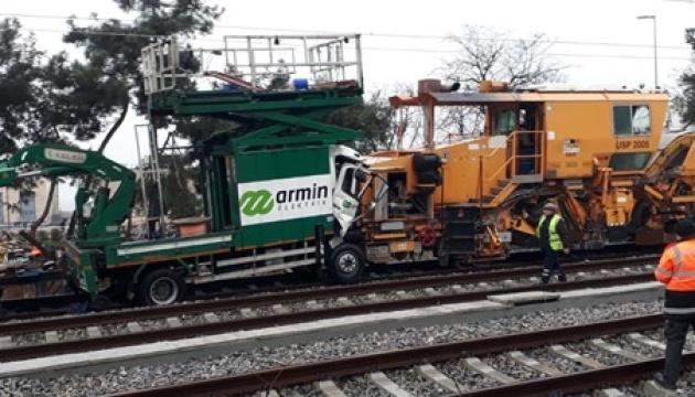 У Стамбулі зіткнулися два потяги
