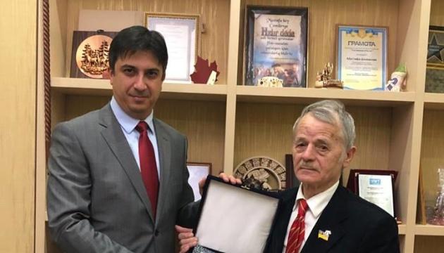 Джемилев встретился с новым послом Турции в Украине