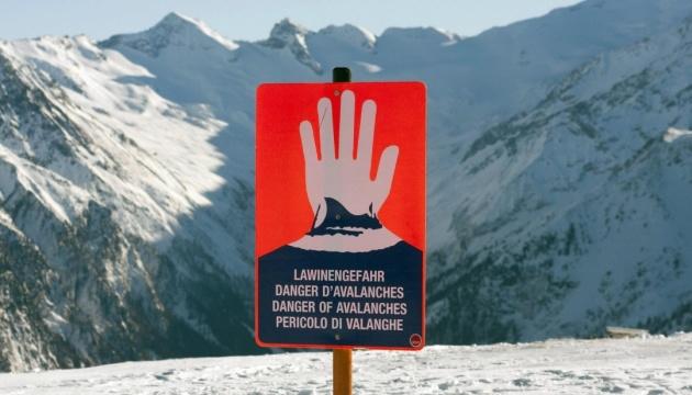 В Австрії зійшла снігова лавина, загинули троє німецьких лижників