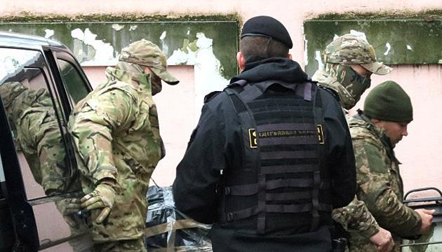 El Tribunal de Moscú prorroga la detención de doce marineros ucranianos