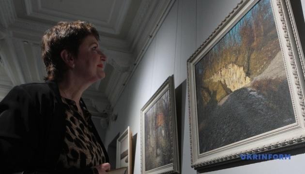 В Киеве открыли ретроспективную выставку Ивана Марчука