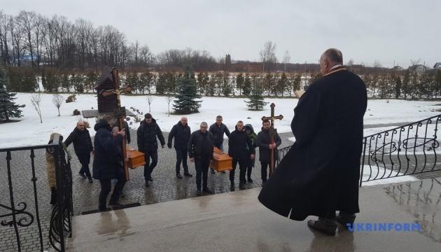 У Дрогобичі поховали журналіста Романа Кісіля, який загинув у ДТП в Польщі