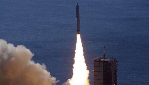 Японська ракета вивела на орбіту сім супутників