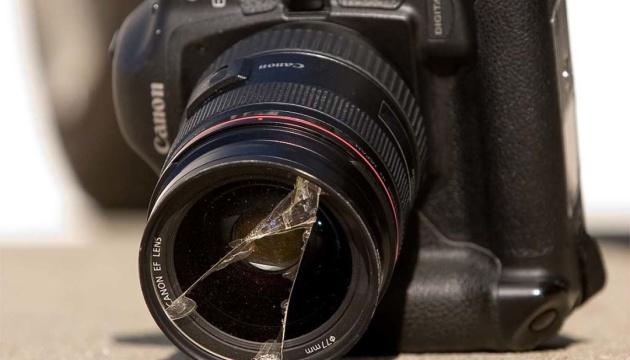 У грудні зафіксували п'ять нападів на журналістів