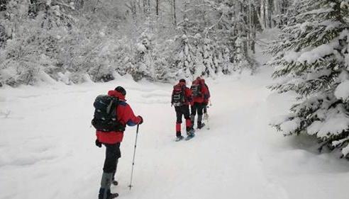 Wetter: Starker Wind und Schnee in den Karpaten