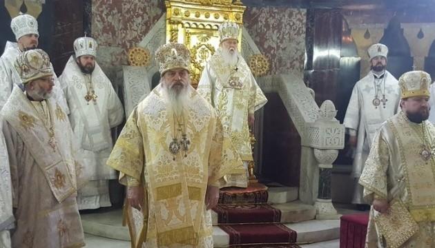 У Володимирському соборі почалася спільна молитва за патріарха Філарета