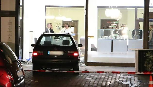 Берлінська поліція шукає грабіжників ювелірної крамниці