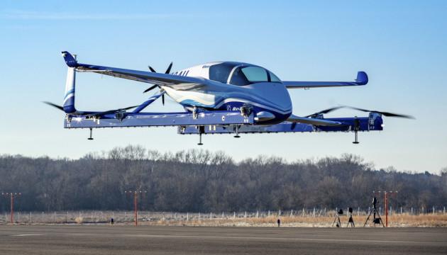 Компанія Boeing провела перші випробування літаючого таксі