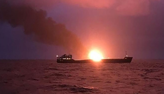 Британія звинуватила Іран у нападі на танкери в Оманській затоці