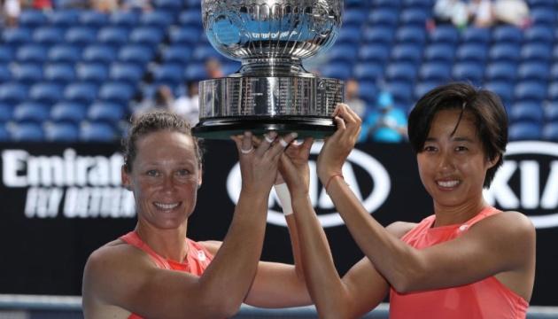 Австралійка Стосур і китаянка Шуай виграли Australian Open у парному розряді