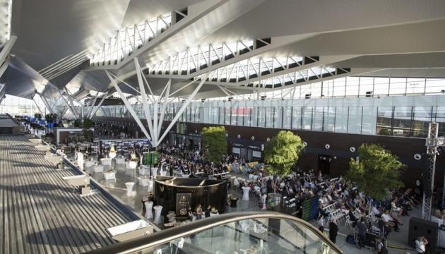 Kyiv замість Kiev: аеропорт Гданська перепише на табло назви українських міст