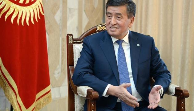 Жеенбеков стверджує, що залишається легітимним президентом Киргизстану