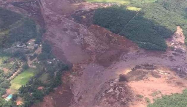 У Бразилії прорвало греблю, понад 200 осіб зникли безвісти