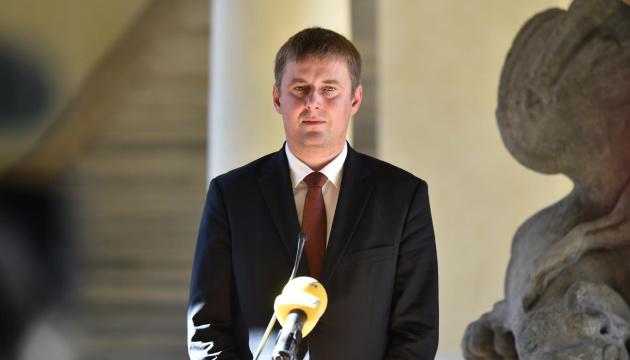 Глава МЗС Чехії хоче на власні очі побачити Донбас та наслідки блокади Азова