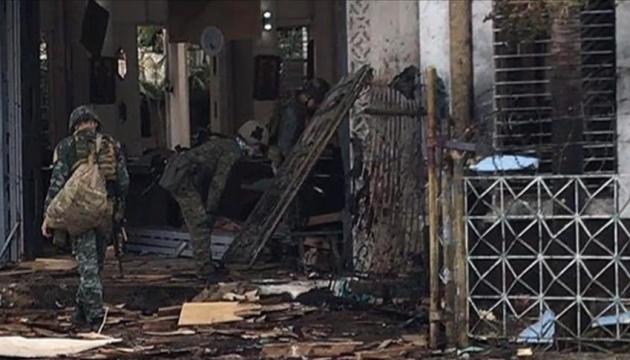 Кількість загиблих від вибухів на Філіппінах зросла до 27