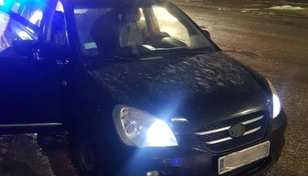 У Запоріжжі поліція затримала підозрюваного у розбійному нападі на відділення пошти