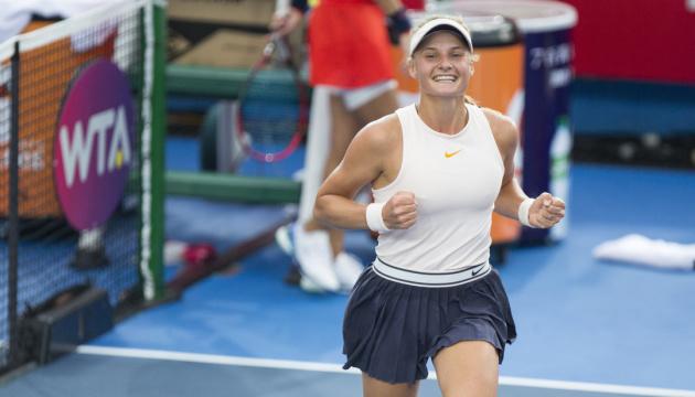 Yastremska pasa a la final del torneo de la WTA en Francia