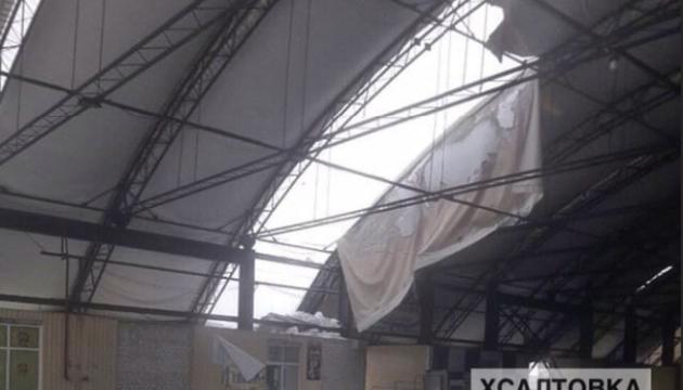 На найбільшому ринку Харкова обвалився дах павільйона