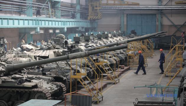Харьковские оборонные предприятия получили из бюджета более 10 миллиардов - Полторак