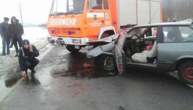 Під Ужгородом через масштабну аварію перекрили трасу Київ-Чоп