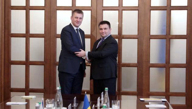 Czeski minister spraw zagranicznych chce na własne oczy zobaczyć Donbas i konsekwencje blokady Morza Azowskiego