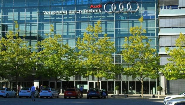 Забастовка почти 10 тысяч рабочих венгерского Дьєра остановила завод Audi в Германии