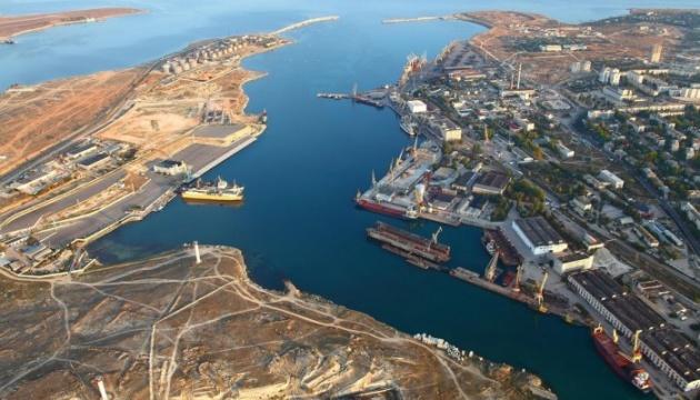 Севастопольский порт после аннексии Крыма сократил грузооборот в 30 раз