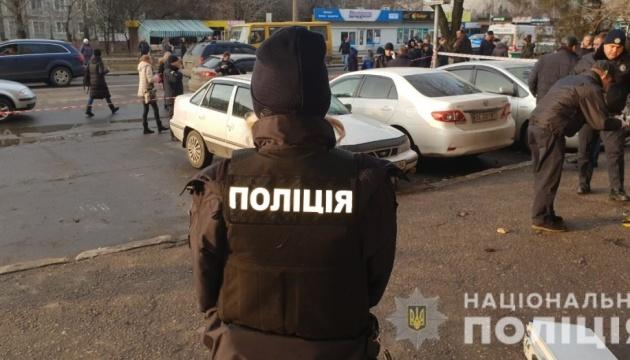 Mykolaiw: Mann erschießt Ehepaar vor Gerichtsgebäude - Fotos