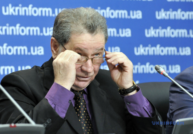 Михайло Товт
