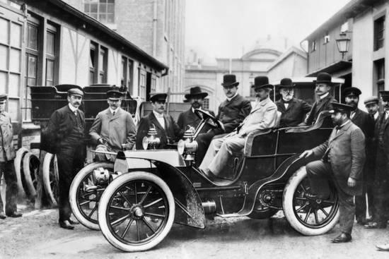 Вильгельм Майбах в Mercedes, 1903 г.