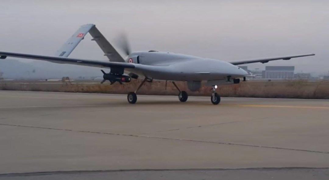 Турецький ударний безпілотник Bayraktar TB2. Шість таких машин у 2019-му поступить на озброєння ЗСУ