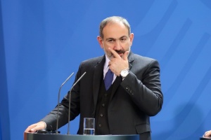 Пашинян пояснив присутність російських військових на кордоні з Карабахом