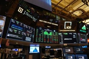 Фондовые биржи США обваливаются из-за коронавируса