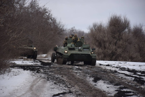 Russian-led forces fire 55 mortars into Ukrainian troops in Donbas