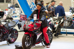 Мототренды в США: электромотоциклы для байкерш