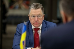 Volker thanks Poroshenko for commitment to democracy