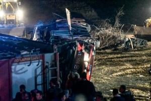 В Северной Македонии перевернулся автобус, 13 погибших