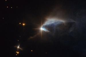 Астрономы заметили звезду, яркость которой превышает солнечную в миллиарды раз