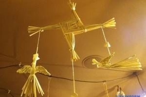 В Житомире соломенными оберегами призывали весну