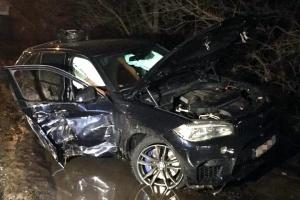 """Водій-втікач, який """"підпалив"""" авто у Києві, сам прийшов до поліції"""