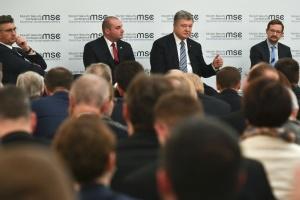 Нейтралітет України в 2014 році не врятував її від агресії РФ - Порошенко