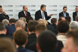 """Россия может начать """"балтийскую кризис"""" из-за Nord Stream 2 - Порошенко"""