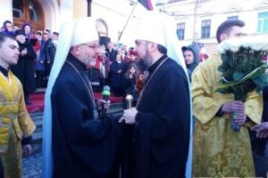 Епифания в Черновцах вышли встречать тысячи верующих