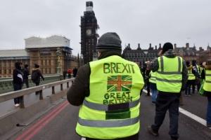"""""""Жовті жилети"""" за Brexit: у Лондоні протестувальники травмували поліцейських"""