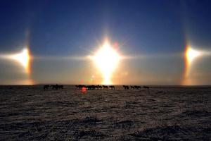 В небе над Китаем заметили три солнца