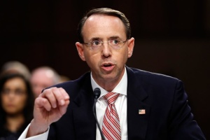 В США уходит с должности куратор дела о вмешательстве России в выборы – CNN
